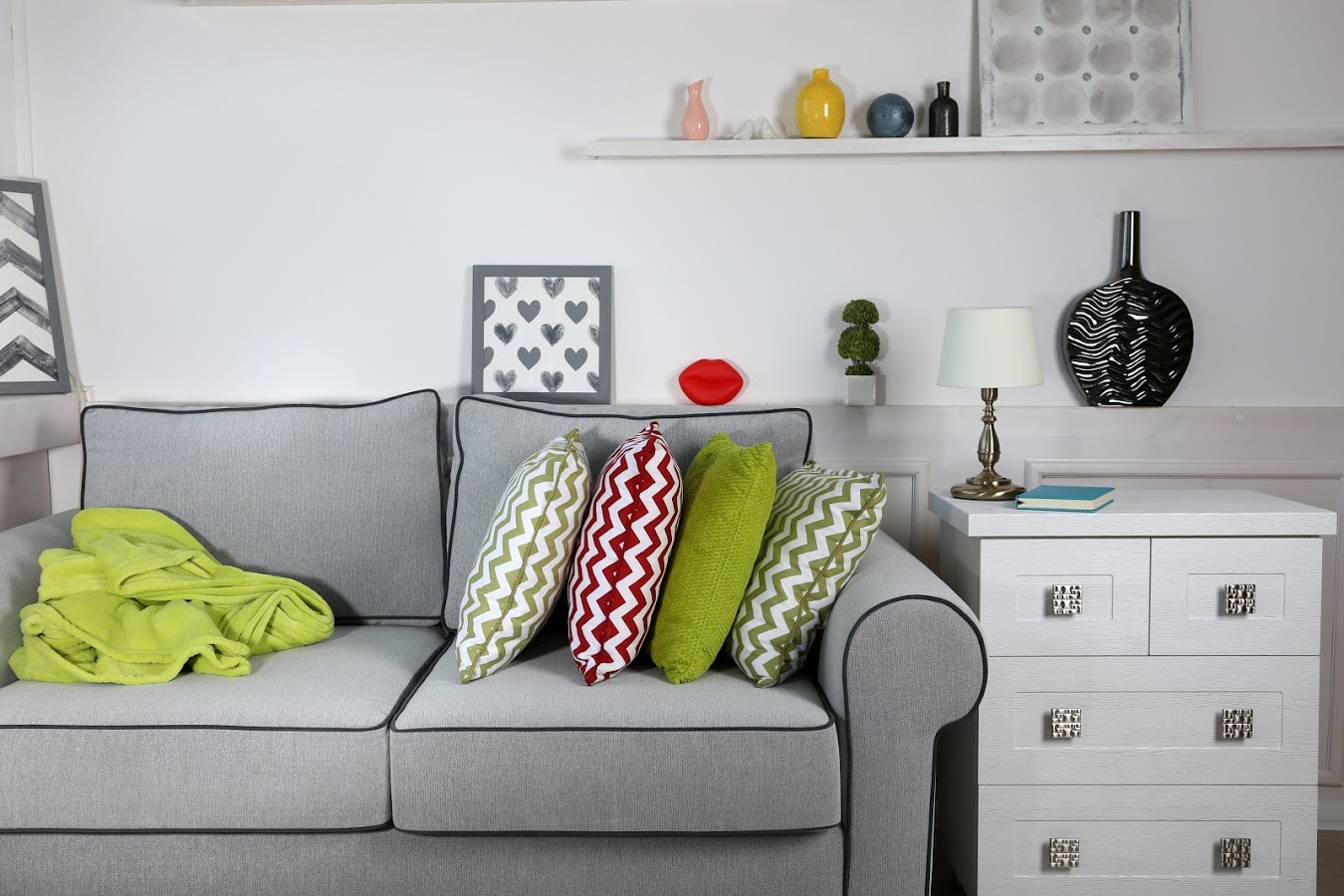 6 Tips for Storing Upholstered Furniture