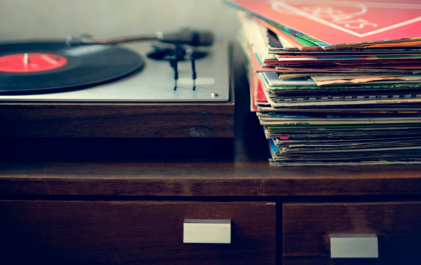 How to Properly Store Your Vinyl Records